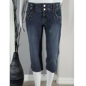 Daisy Fuentes Embellished Cropped Capri Jeans Sz 8